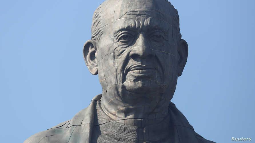 تمثال زعيم الاستقلال الهندي فالابهاي باتيل بولاية جوجارات