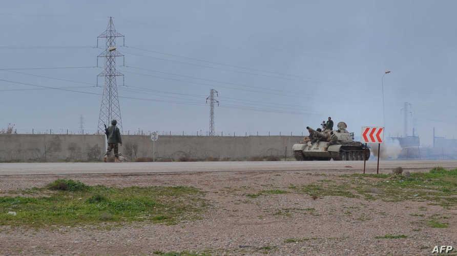 قوة من البشمركة  تستعد لمواجهة داعش في كركوك