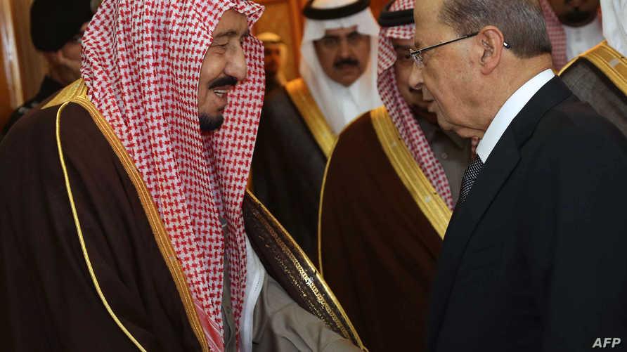 الملك السعودي سلمان بن عبد العزيز مع الرئيس اللبناني ميشال عون