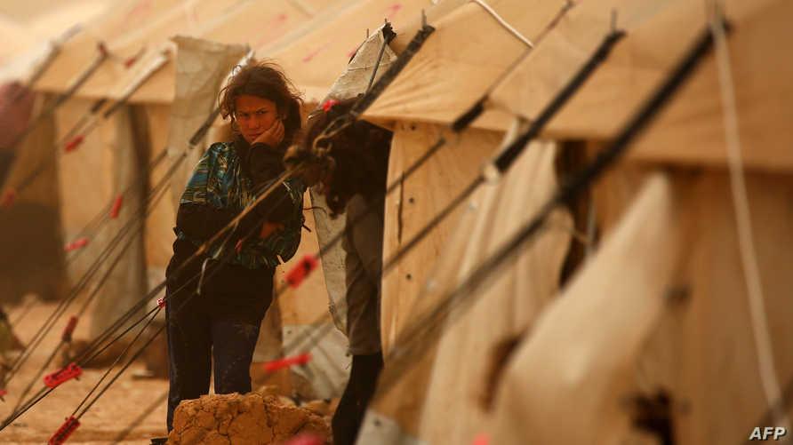 لاجئة سورية في مخيم المبروكة في بلدة راس العين عند الحدود السورية ـ التركية