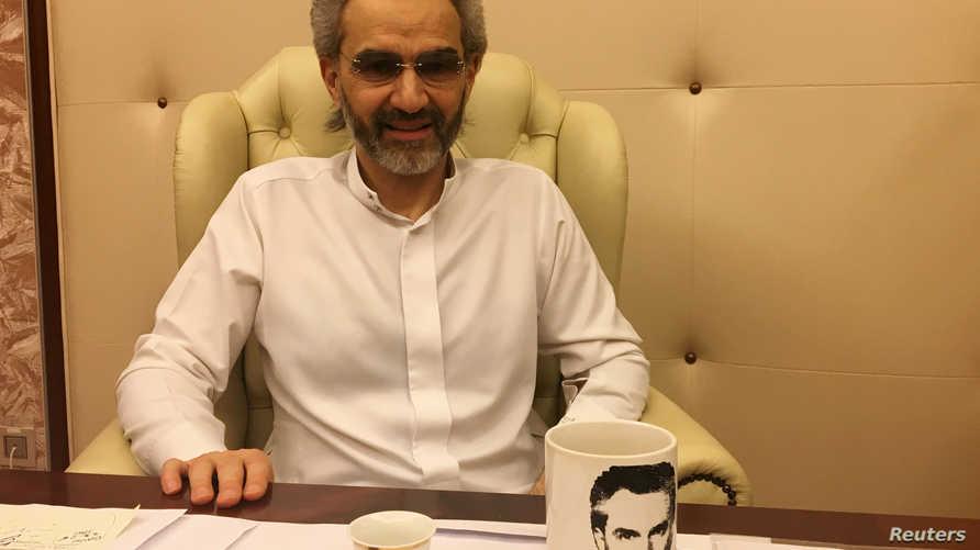 الوليد بن طلال خلال مقابلة مع رويترز