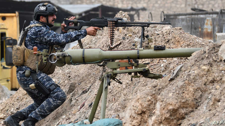 جندي في قوات الشرطة الاتحادية غربي الموصل