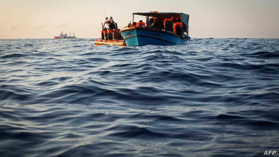 مهاجرون في البحر المتوسط. أرشيفية