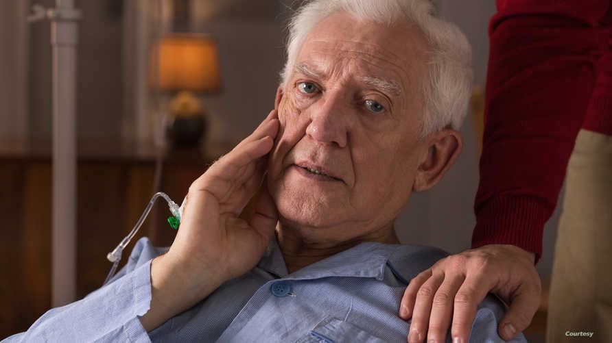 أمراض الشيخوخة تجعل الحياة اليومية لكبار السن صعبة