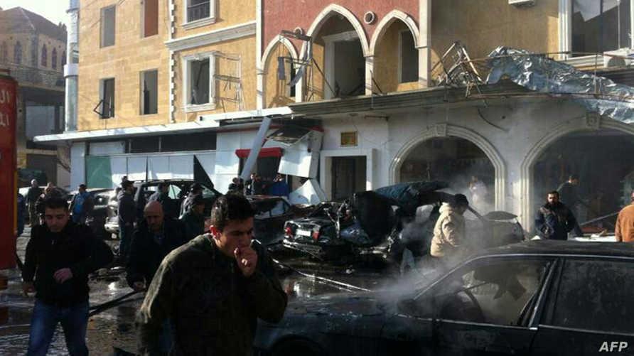 موقع الانفجار الذي هز بلدة الهرمل اللبنانية