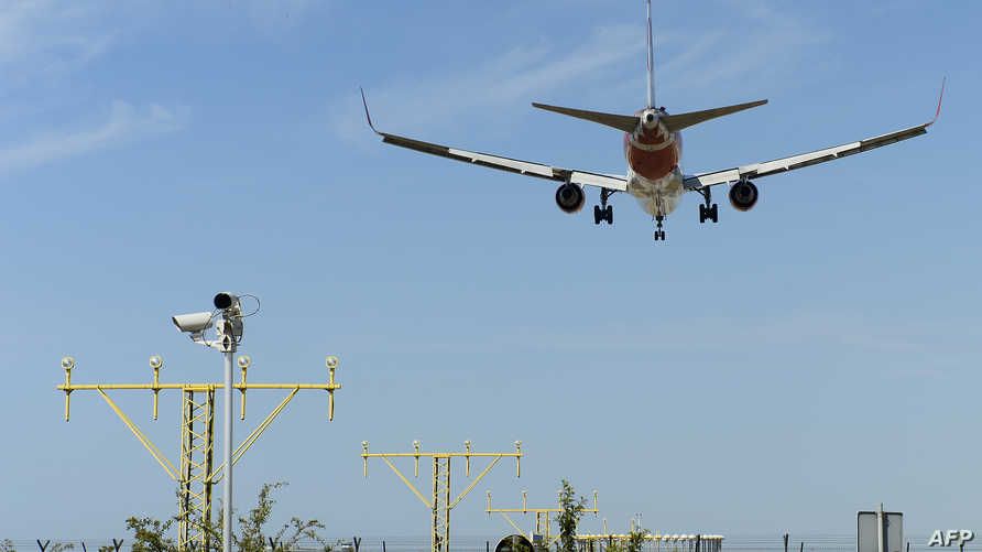 طائرة من الخطوط الجوية الروسية أثناء هبوطها-أرشيف