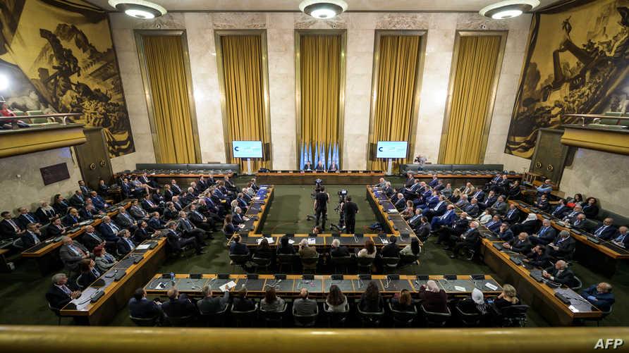 الجلسة الافتتاحية للجنة الدستورية السورية في سويسرا