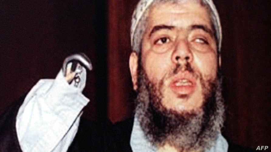 رجل الدين المتشدد أبو حمزة المصري