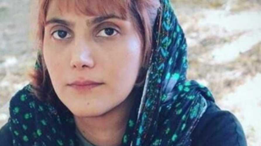 الصحفية الإيرانية مرضية أميري