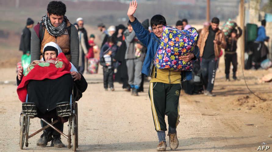 نازحون من الموصل- أرشيف