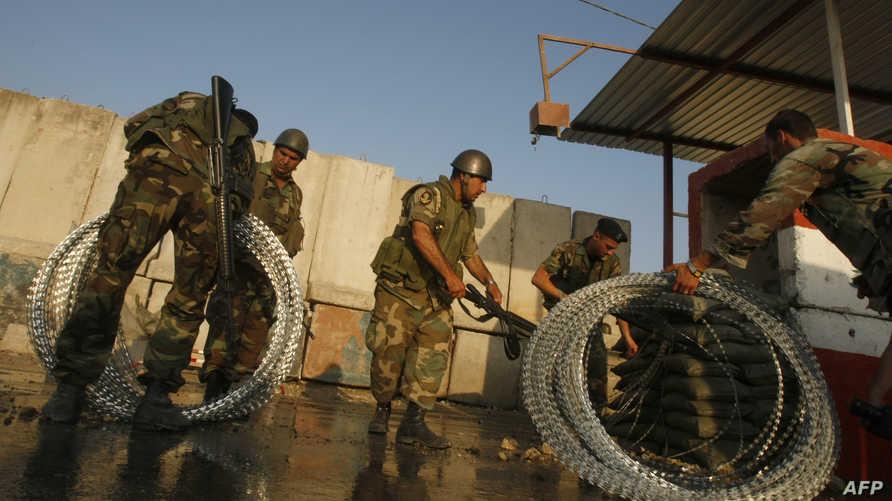 عناصر من الجيش اللبناني عند مخل مخيم عين الحلوة (أرشيف)