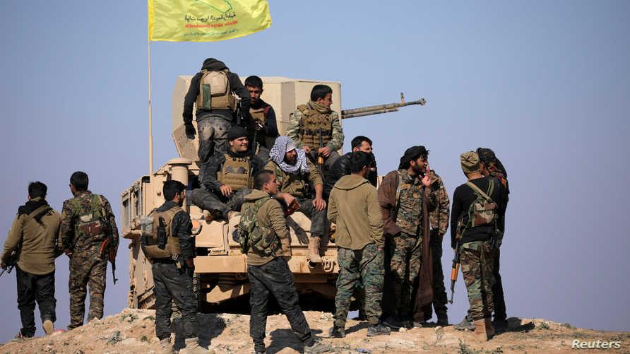 عناصر في قوات سوريا الديمقراطية في دير الزور- أرشيف
