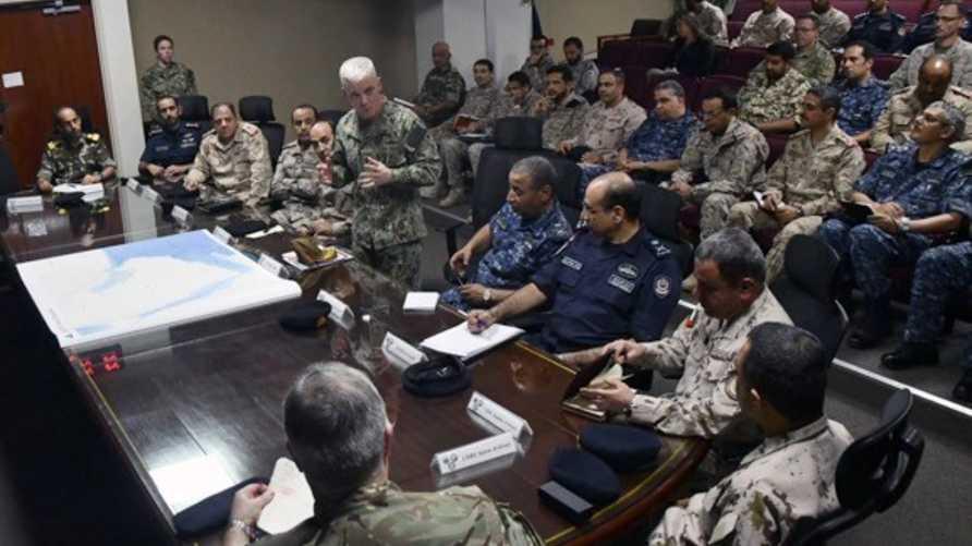 قيادات عسكرية أميركية تلتقي قيادات البحرية في دول الخليج