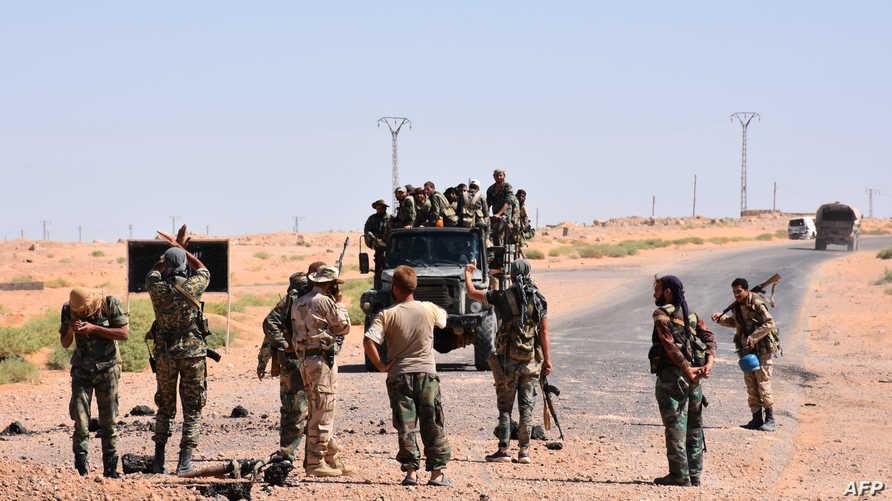 قوات نظامية سورية في دير الزور- أرشيف