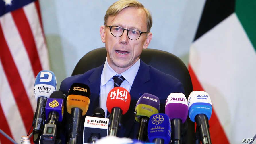 المبعوث الأميركي لإيران بريان هوك خلال مؤتمر صحفي في الكويت