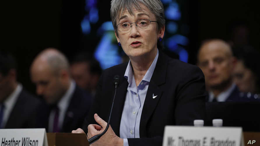 وزيرة سلاح الجو هيذر ويلسون