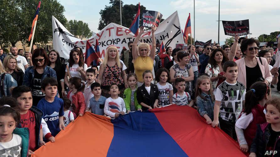 """أرمنيون في اليونان يحيون الذكرى السنوية لــ """" إبادة الأرمن"""""""