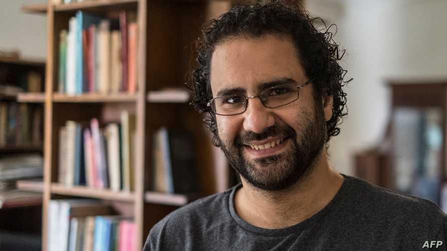 الناشط علاء عبد الفتاح في صورة التقطت له في 17 مايو 2019