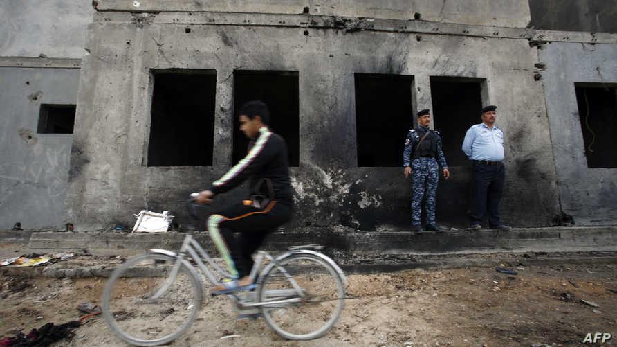 """الملعب الشعبي لكرة القدم في منطقة """"الحصوة"""" شمال محافظة بابل بعد تعرضه لعمل إرهابي_أرشيف"""