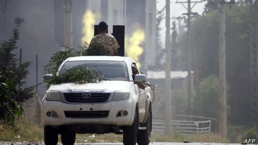 جانب من الحرب الدائرة في طرابلس بين الجيش الوطني الليبي والقوات الموالية لحكومة الوفاق