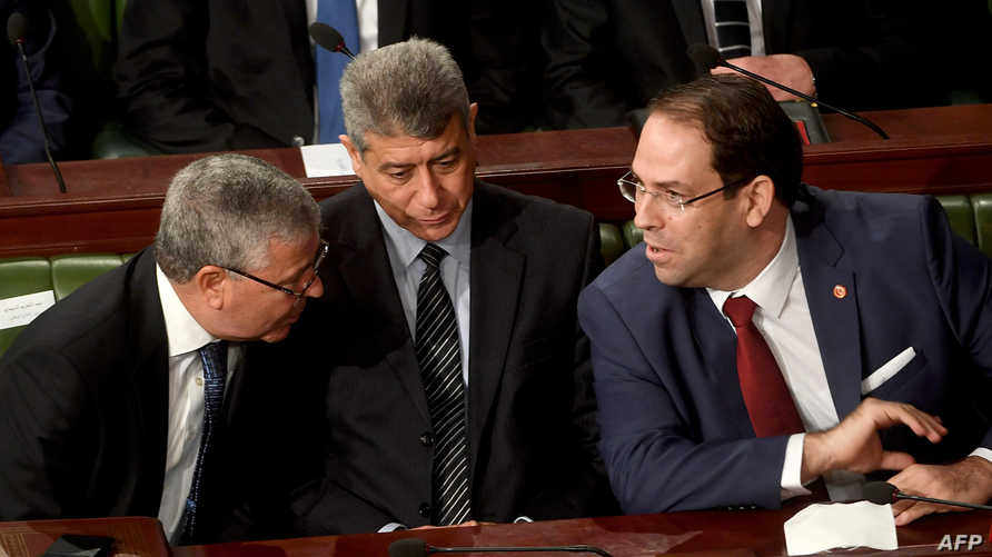 رئيس الوزراء التونسي يوسف الشاهد داخل البرلمان - أرشيف