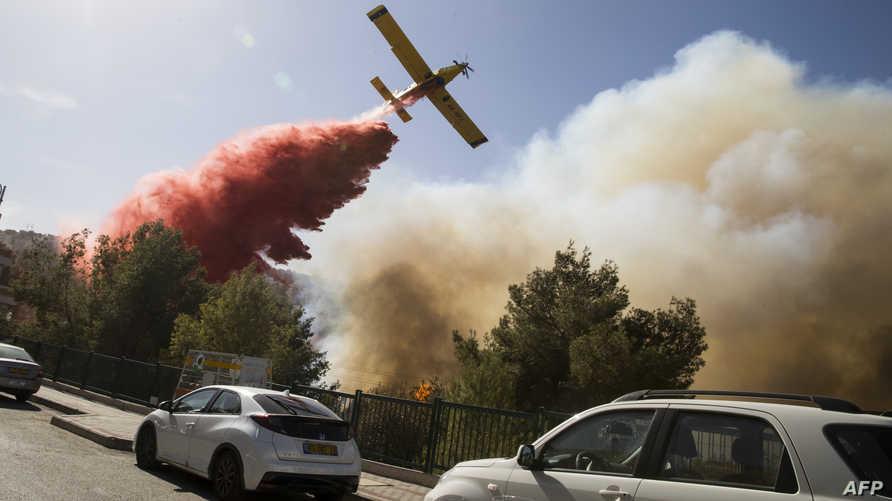 جانب من جهود إخماد الحرائق في إسرائيل