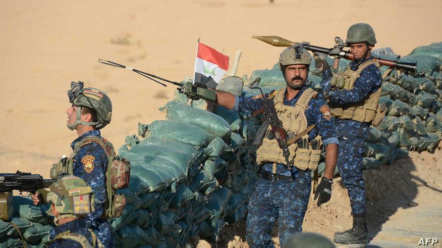 قوات عراقية قرب المناطق الصحراوية المحاذية للحدود مع سورية