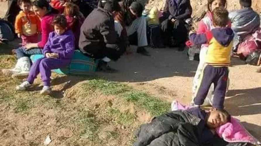 لاجئون سوريون في الحدود المغربية الجزائرية