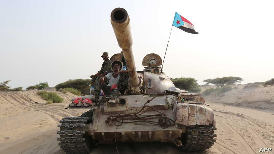 دبابة تابعة لقوات المجلس الانتقالي الجنوبي قرب ميناء عدن - 27 أغسطس 2019