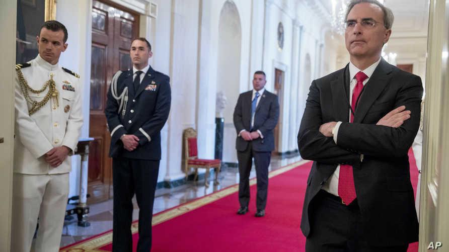 محامي البيت الأبيض بات سيبولوني