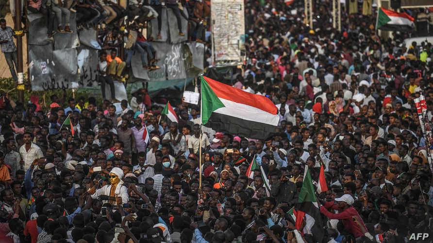 من تظاهرات السودانيين