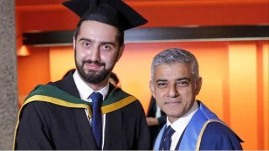تيريج بريمو رفقة عمدة لندن صادق خان