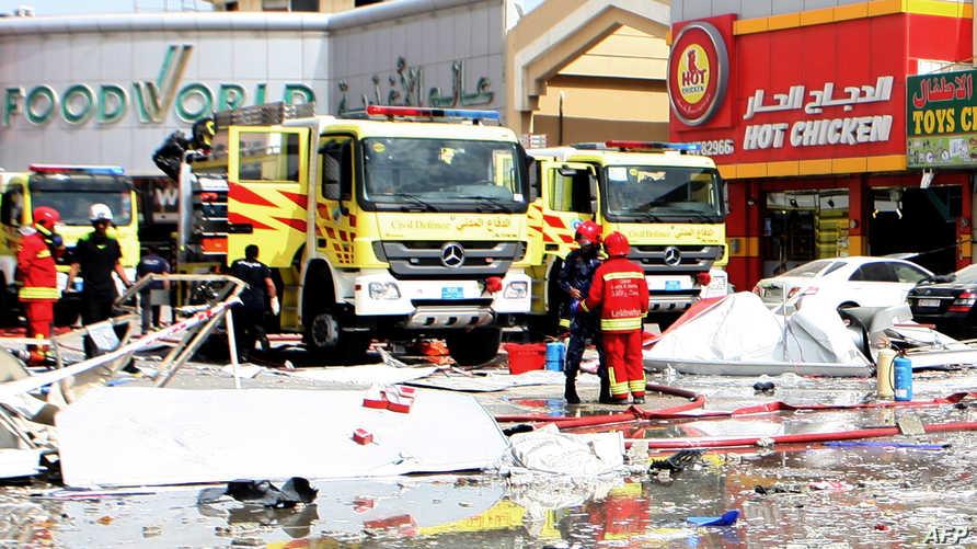 الدفاع المدني القطري أثناء إجماد حريق _أرشيف.