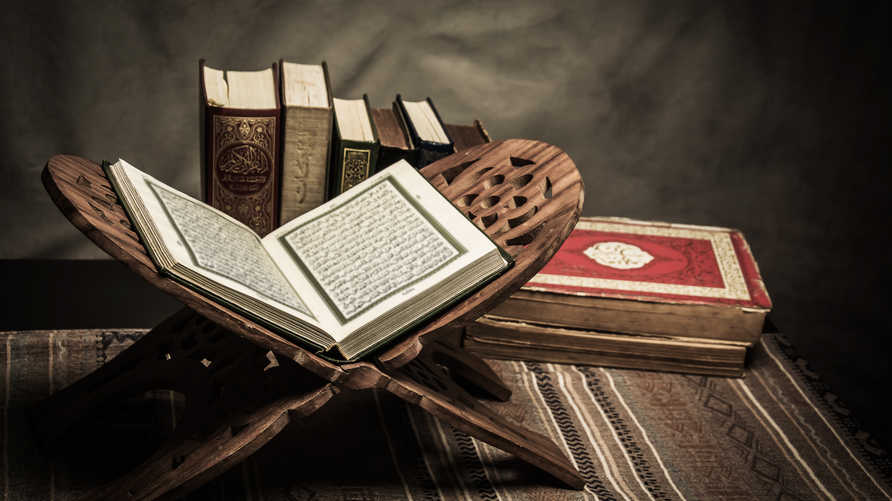 """لم يرد تعبير """"معلوم من الدين بالضرورة"""" أو """"ما أجمعت عليه الأمة"""" ولو مرة واحدة في القرآن!"""