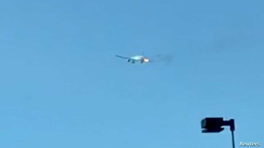 صورة من الفيديو تبين اشتعال النيران بالمحرك