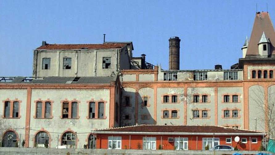 مصنع الجعة وسط اسطنبول اليوم