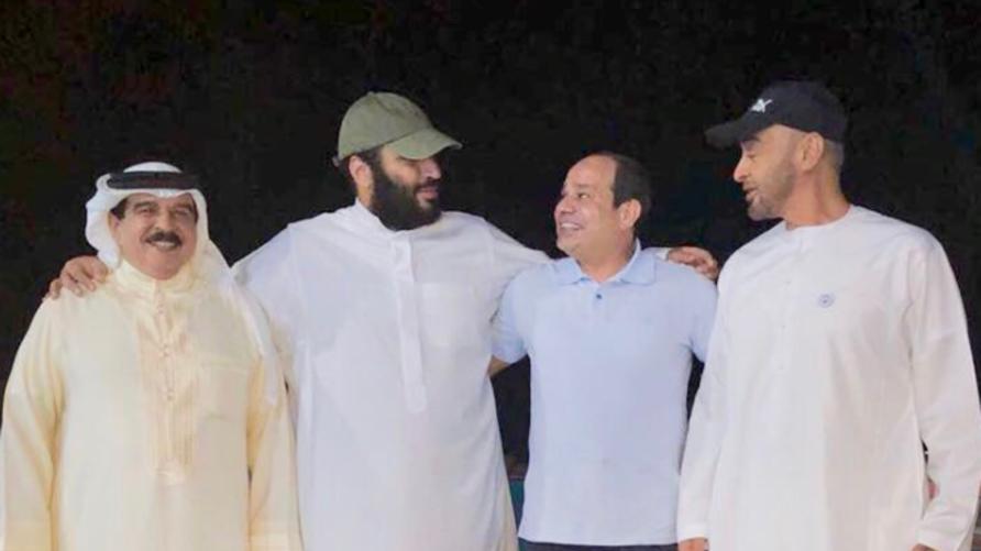 بالتيشرت والكاب.. بن سلمان رفقة السيسي وبن زايد وآل خليفة | الحرة
