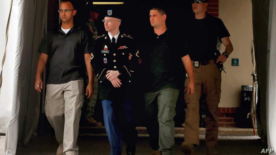 الجندي برادلي مانينغ المتهم بتسريب وثائق لويكيليكس