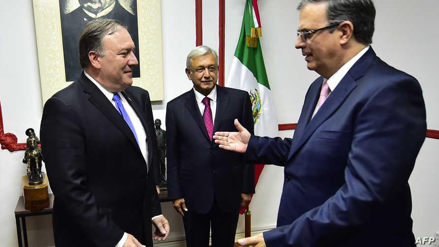 وزير الخارجية الأميركي مايك بومبيو مع الرئيس المكسيكي المنتخب أندريس مانويل لوبيز أوبرادور
