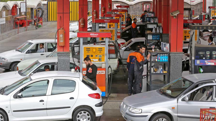 إمحطة وقود في طهران