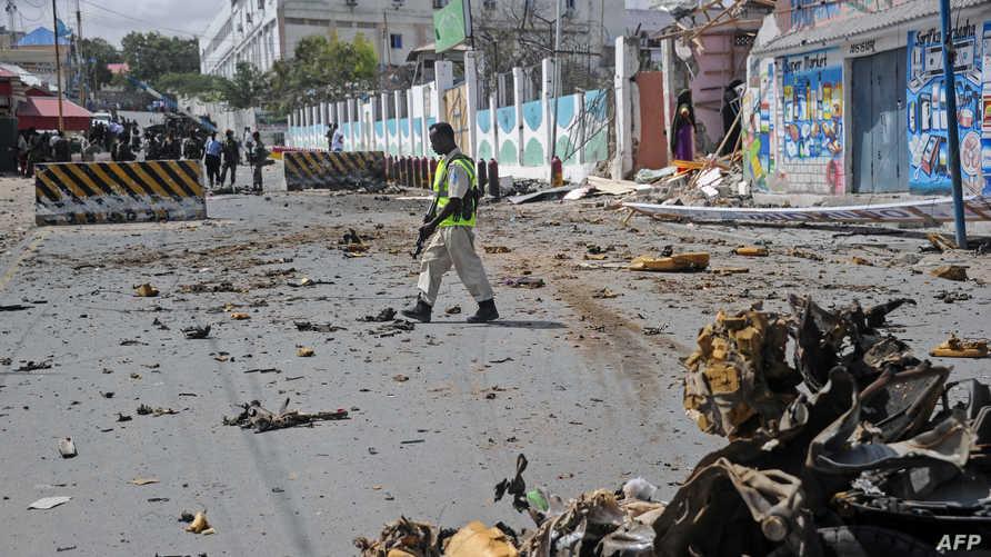 موقع انفجار سابق في منطقة قريبة من القصر الرئاسي في مقديشو
