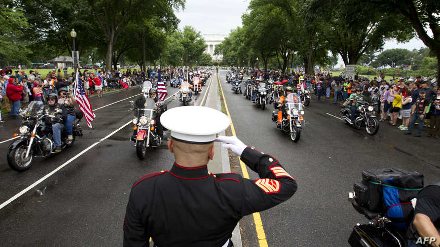 آلاف المحاربين القدامى يتوافدون على العاصمة واشنطن في يوم الذكرى