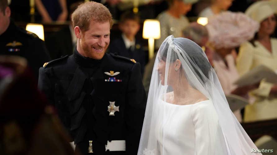 الأمير هاري وعروسه الأميركية ميغان ماركل في كنيسة القديس جورج