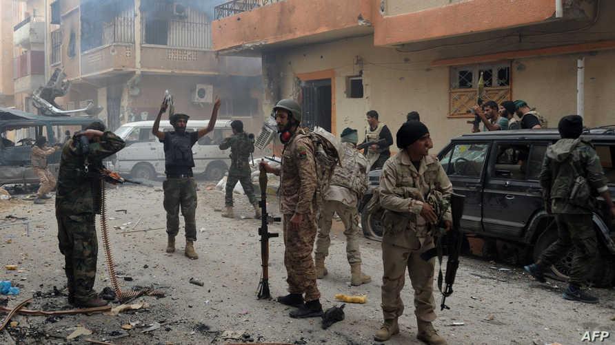 جنود ليبيون في بنغازي- أرشيف