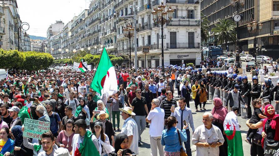 جانب من الاحتجاجات في العاصمة الجزائرية