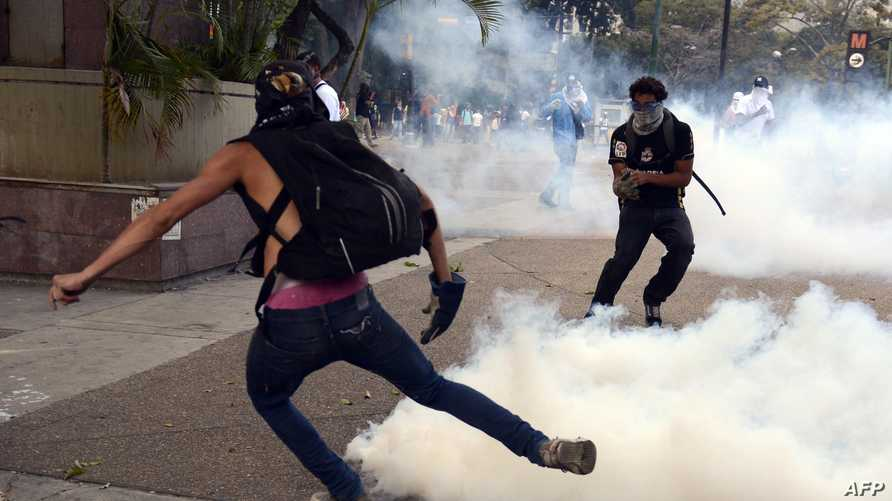 اضطرابات متصاعدة في فنزويلا خلفت 20 قتيلا في شهر واحد