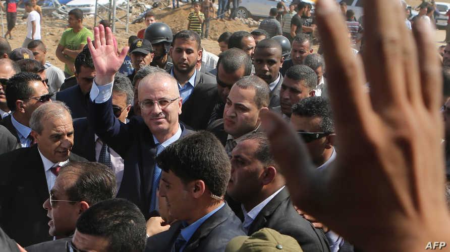 زيارة سابقة لرئيس الوزراء الفلسطيني لقطاع غزة
