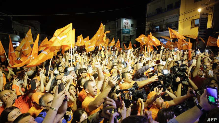 من احتفالات التيار الوطني الحر بعد انتهاء الانتخابات اللبنانية