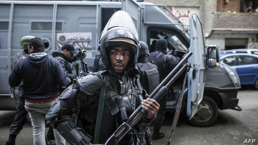 عناصر من الشرطة المصرية -أرشيف