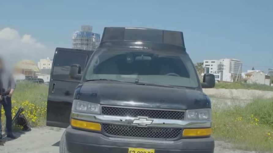 """تم اعتقال مالك """"شاحنة التجسس"""" في قبرص"""